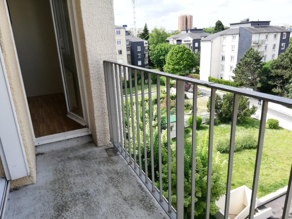 Appartement à louer 4 87.5m2 à Noisiel vignette-4