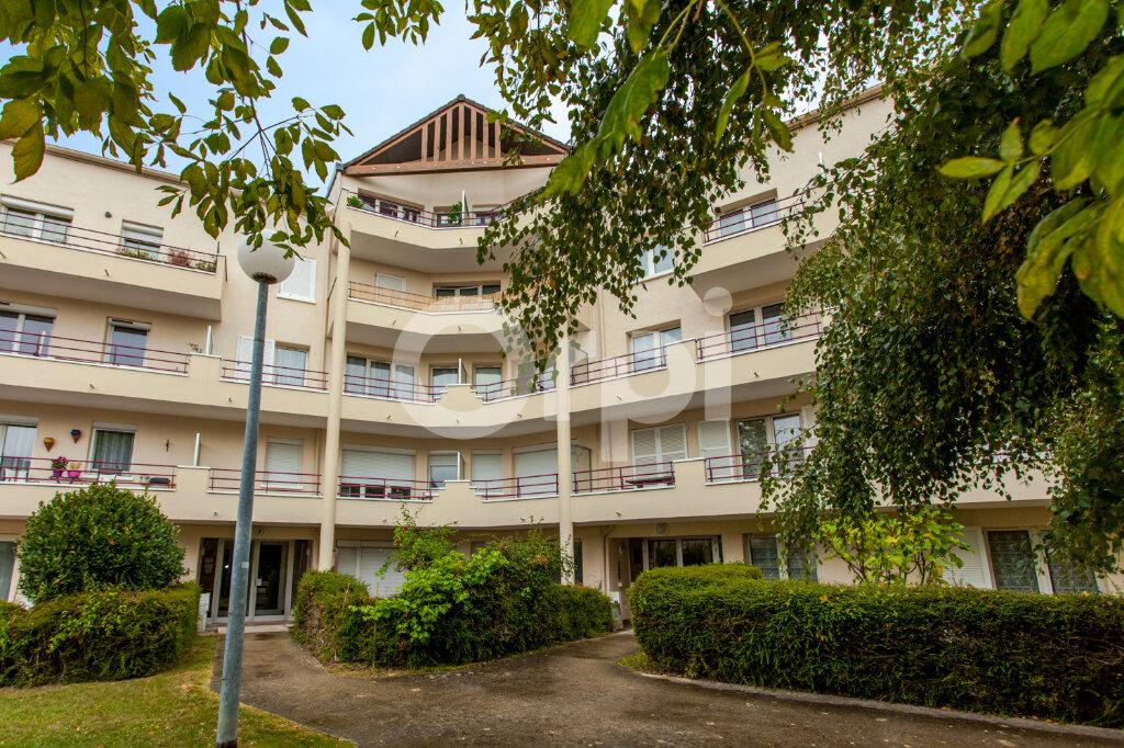 Appartement à vendre 3 60m2 à Torcy vignette-1