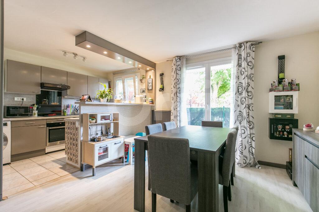 Appartement à vendre 3 71.46m2 à Lagny-sur-Marne vignette-4
