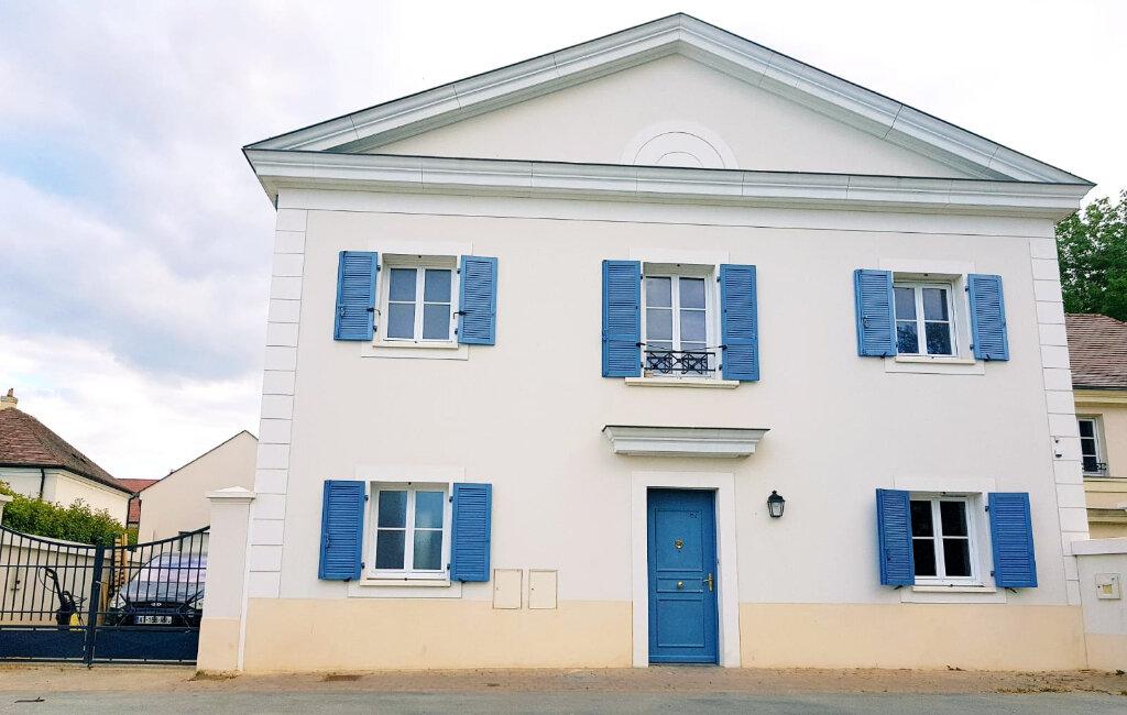 Maison à vendre 6 111m2 à Bailly-Romainvilliers vignette-1
