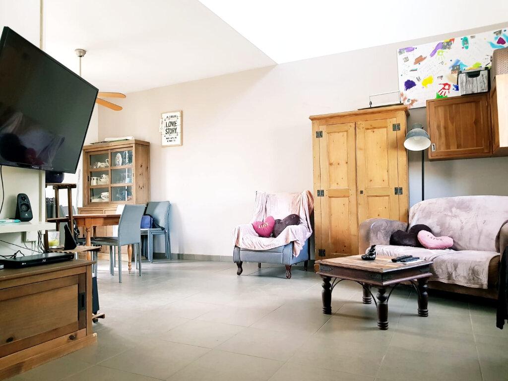 Maison à vendre 6 111m2 à Bailly-Romainvilliers vignette-2
