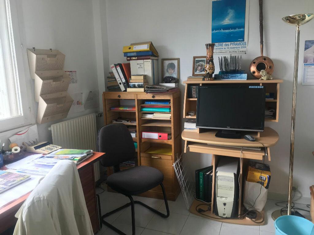 Appartement à vendre 4 84m2 à Roissy-en-Brie vignette-5