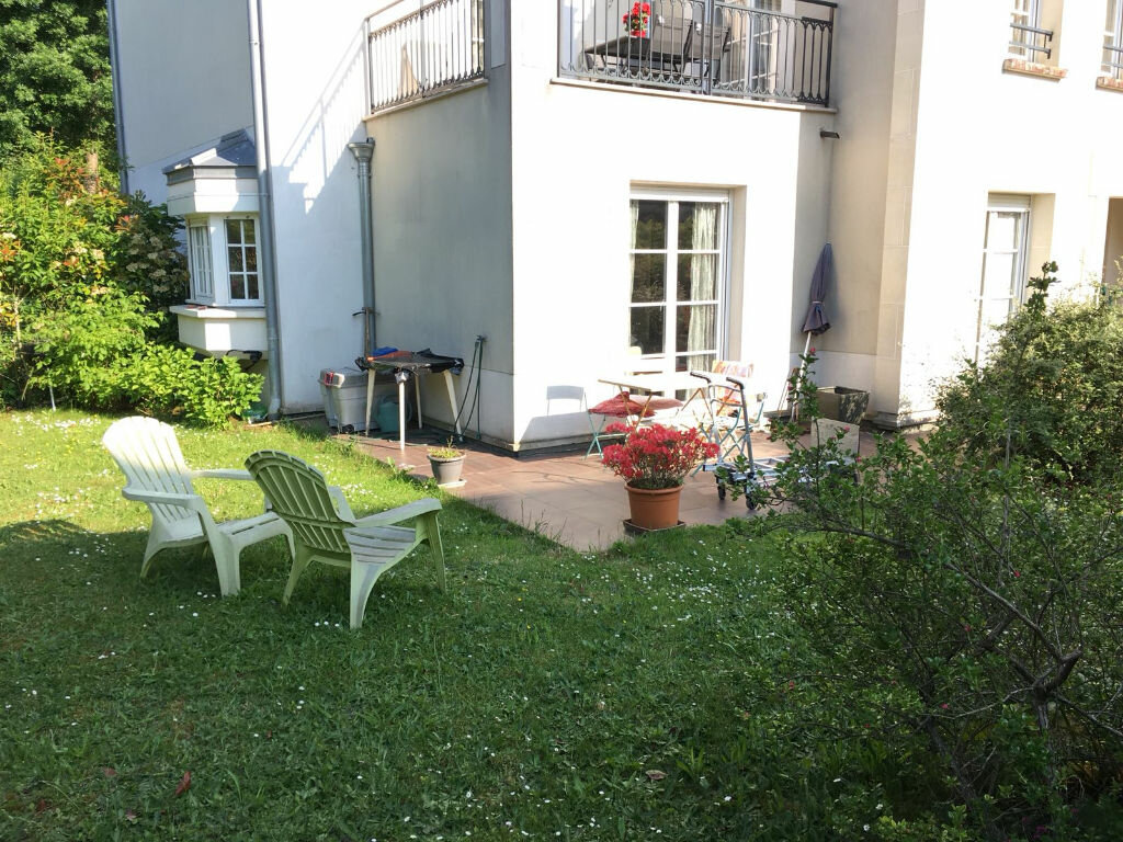Appartement à louer 2 35m2 à Tournan-en-Brie vignette-1