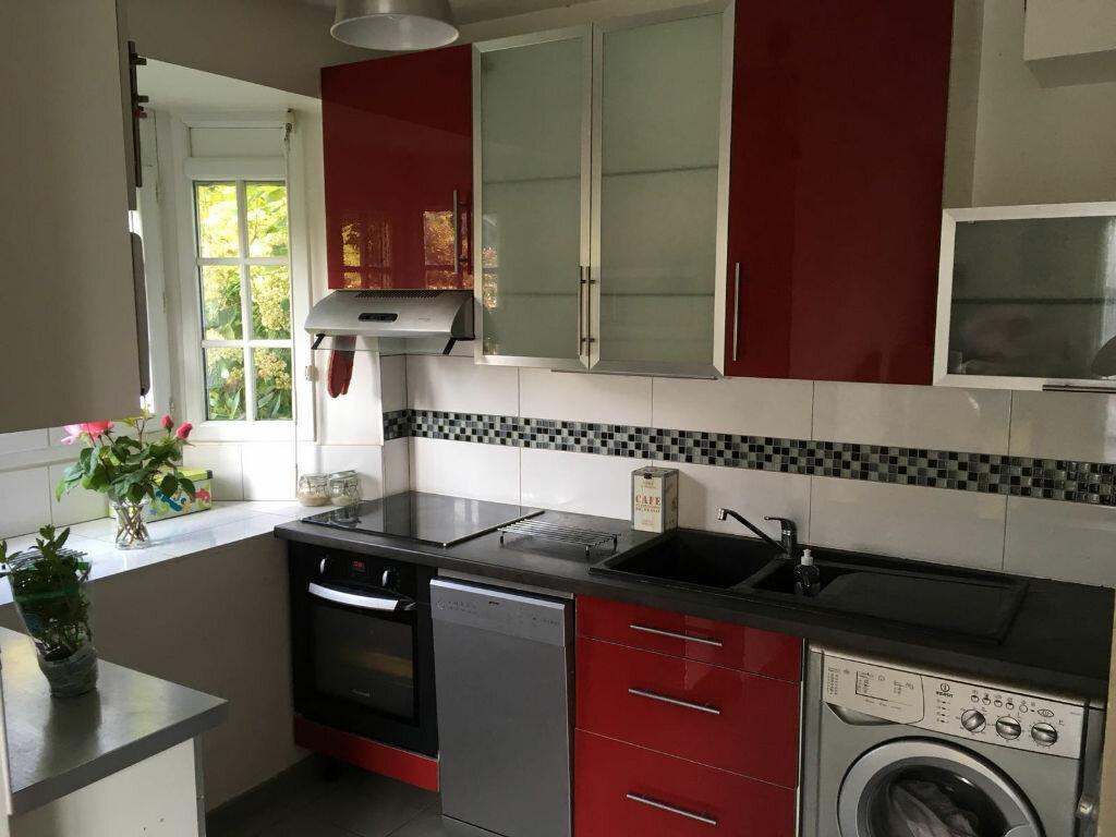 Appartement à louer 2 35m2 à Tournan-en-Brie vignette-2