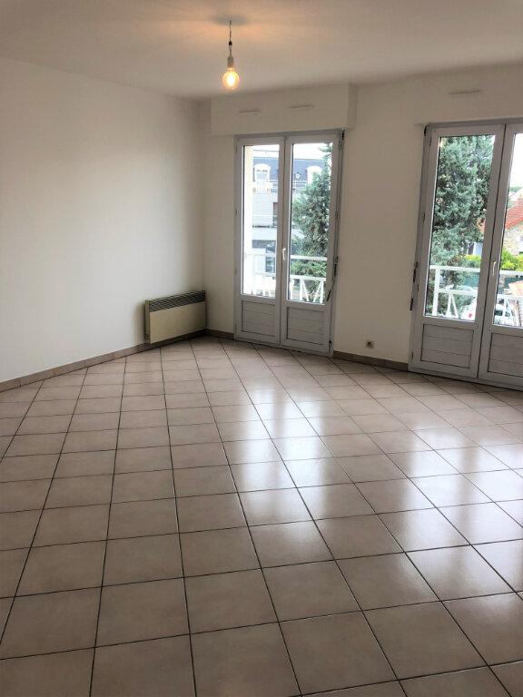 Appartement à louer 2 48m2 à Chalonnes-sur-Loire vignette-2