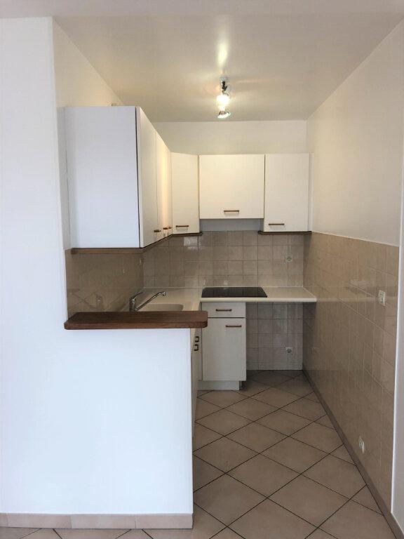 Appartement à louer 2 48m2 à Chalonnes-sur-Loire vignette-3