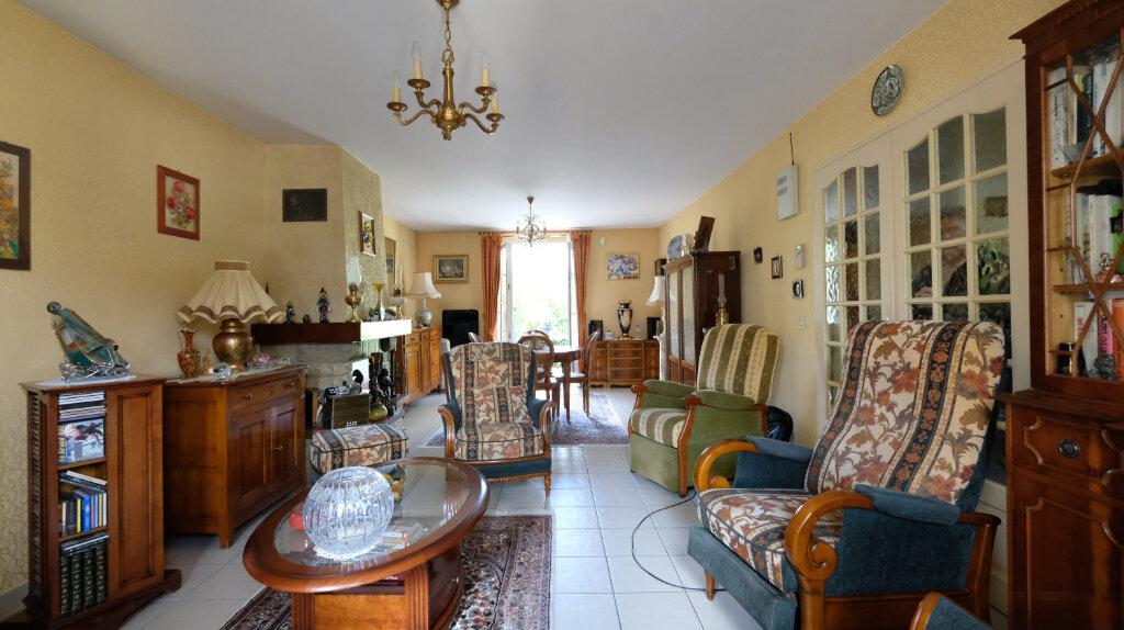 Maison à vendre 6 101m2 à Joinville-le-Pont vignette-1