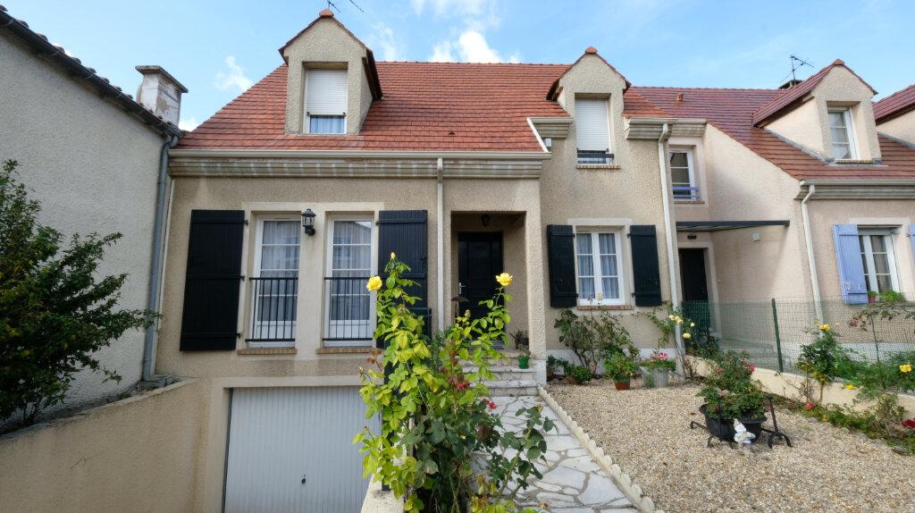 Maison à vendre 6 101m2 à Joinville-le-Pont vignette-2