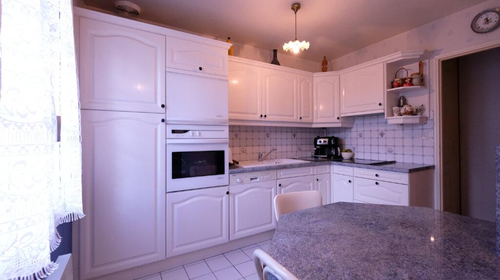 Maison à vendre 6 101m2 à Joinville-le-Pont vignette-5