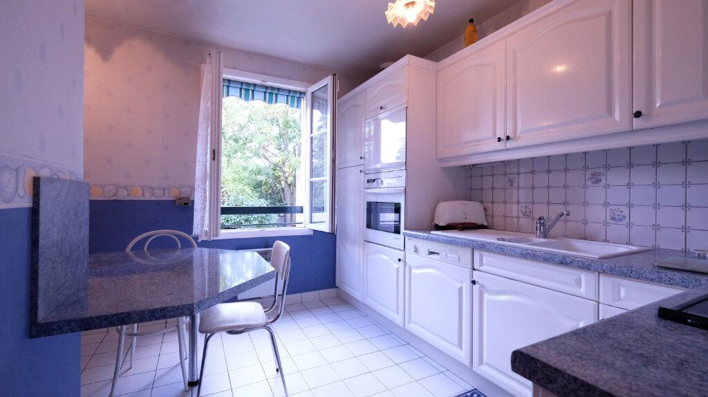 Maison à vendre 6 101m2 à Joinville-le-Pont vignette-6