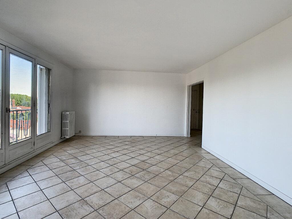Appartement à louer 3 85m2 à Joinville-le-Pont vignette-5