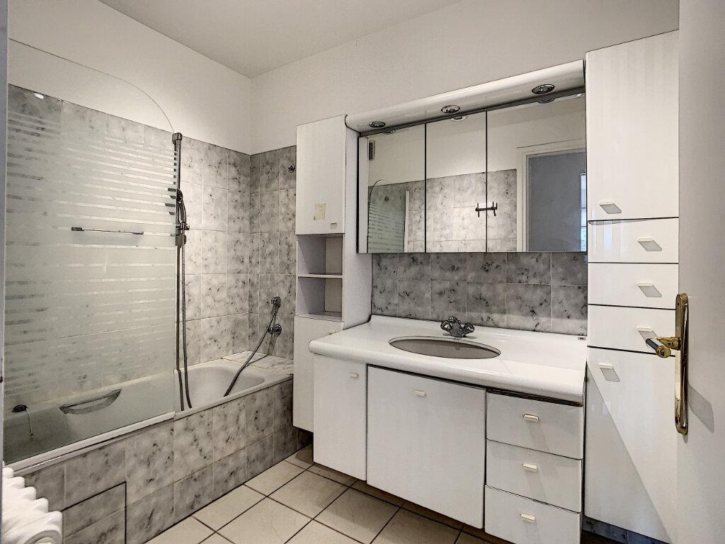 Appartement à louer 3 85m2 à Joinville-le-Pont vignette-6