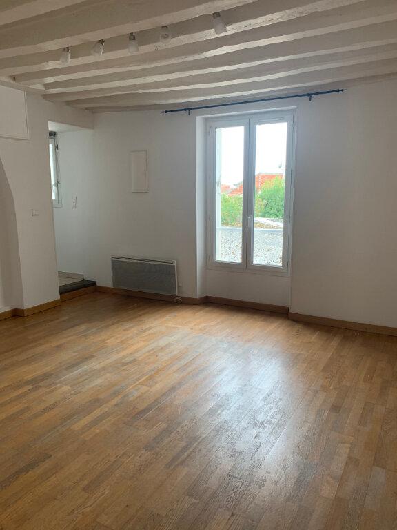 Appartement à louer 3 65m2 à Sucy-en-Brie vignette-1