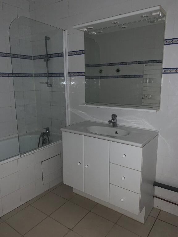 Appartement à louer 3 65m2 à Sucy-en-Brie vignette-7