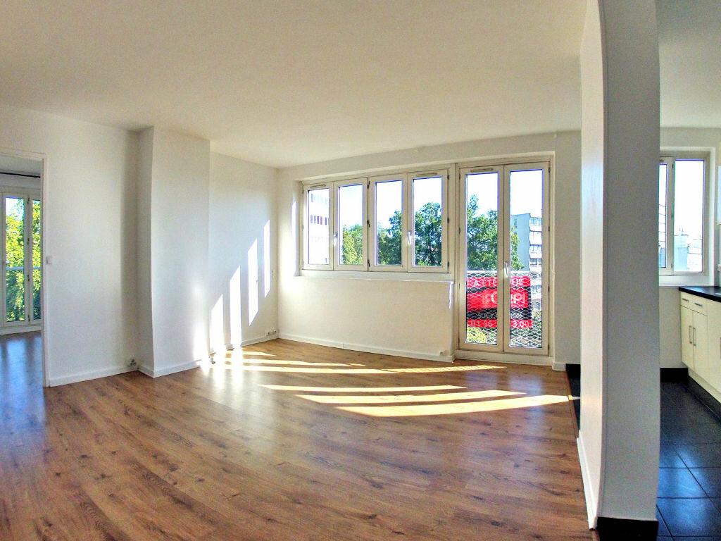 Appartement à louer 3 58m2 à Sucy-en-Brie vignette-2