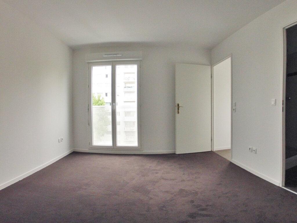 Appartement à louer 2 38.4m2 à Sucy-en-Brie vignette-2
