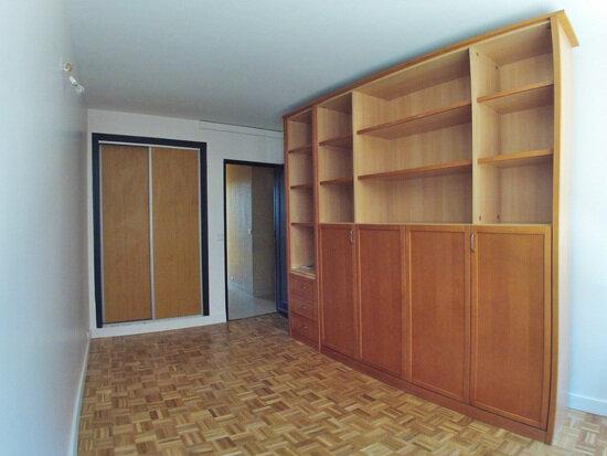 Appartement à louer 5 110m2 à Sucy-en-Brie vignette-5