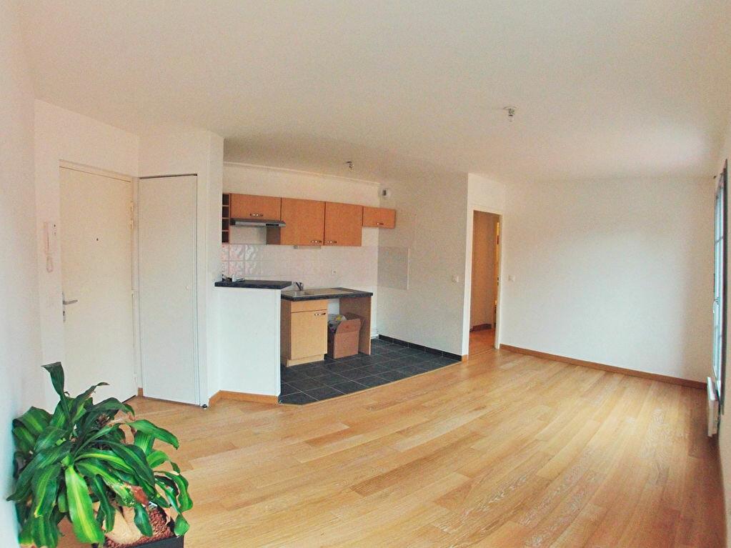 Appartement à louer 2 36m2 à Boissy-Saint-Léger vignette-1