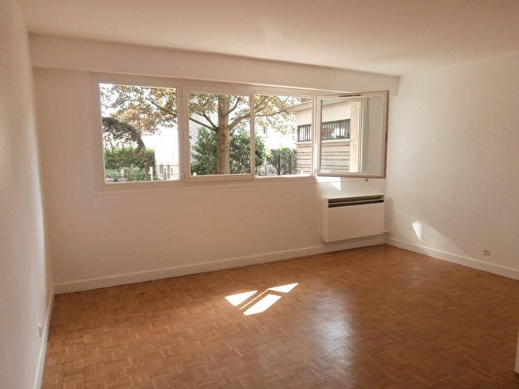 Appartement à louer 2 53.03m2 à Chevilly-Larue vignette-1