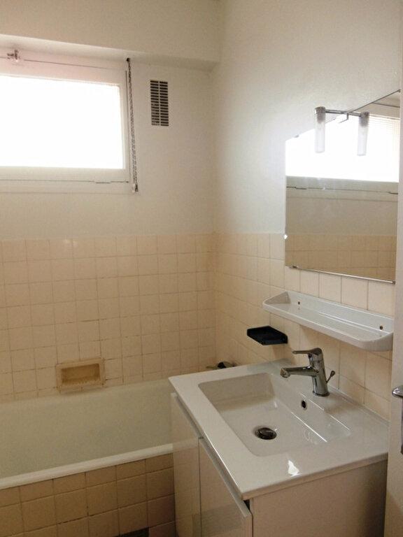 Appartement à louer 2 53.03m2 à Chevilly-Larue vignette-4