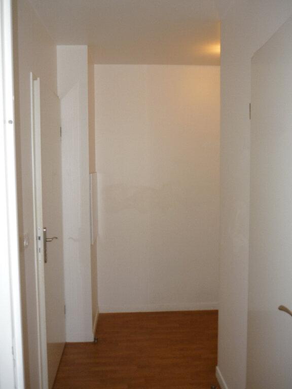 Appartement à louer 2 44.9m2 à L'Haÿ-les-Roses vignette-9