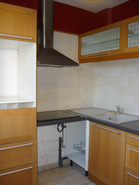 Appartement à louer 3 60.22m2 à L'Haÿ-les-Roses vignette-2