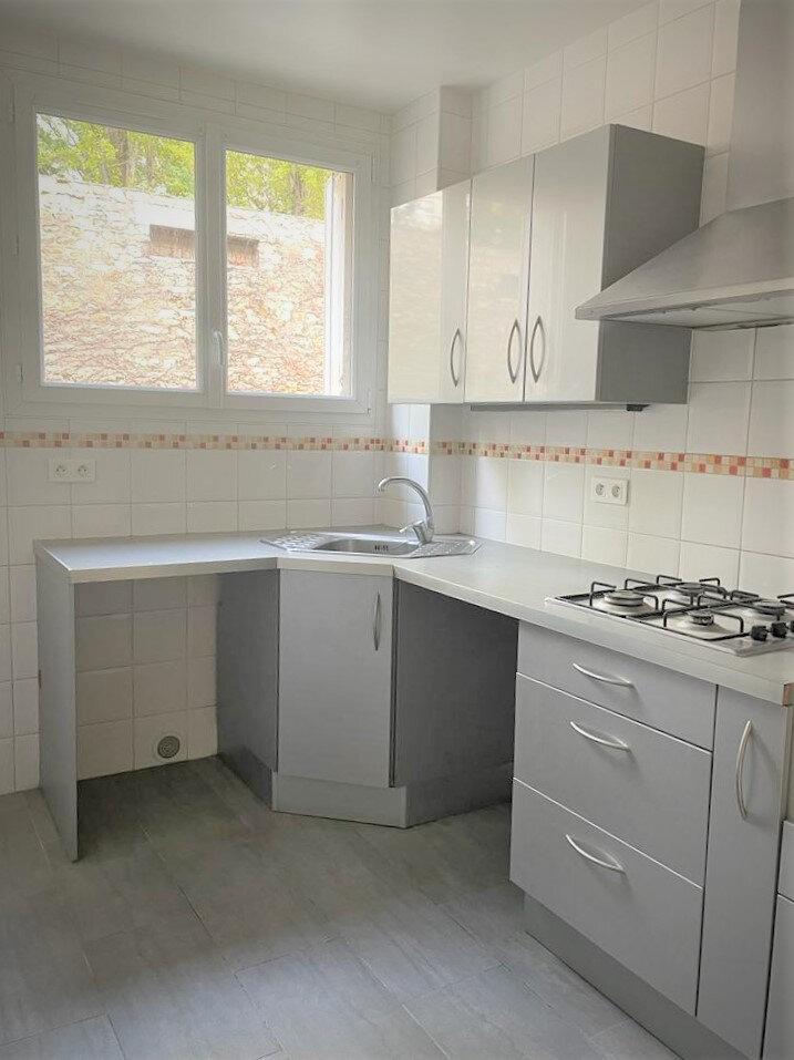 Appartement à louer 3 52.94m2 à Cachan vignette-2