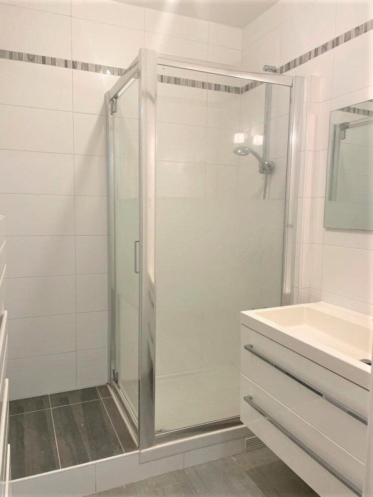 Appartement à louer 3 52.94m2 à Cachan vignette-3