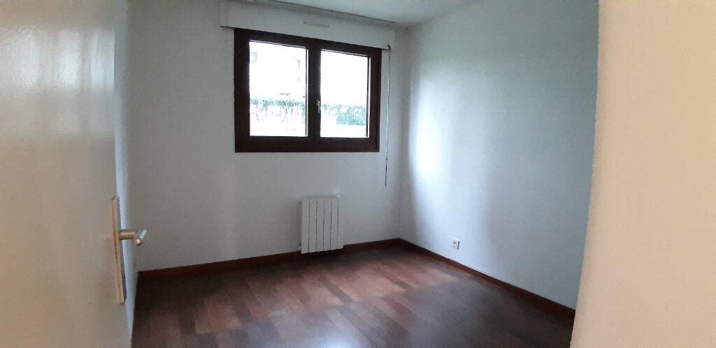 Appartement à louer 2 48.83m2 à Issy-les-Moulineaux vignette-4