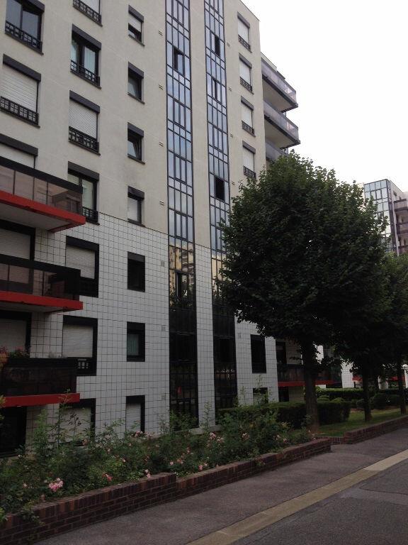 Appartement à louer 2 48.83m2 à Issy-les-Moulineaux vignette-8
