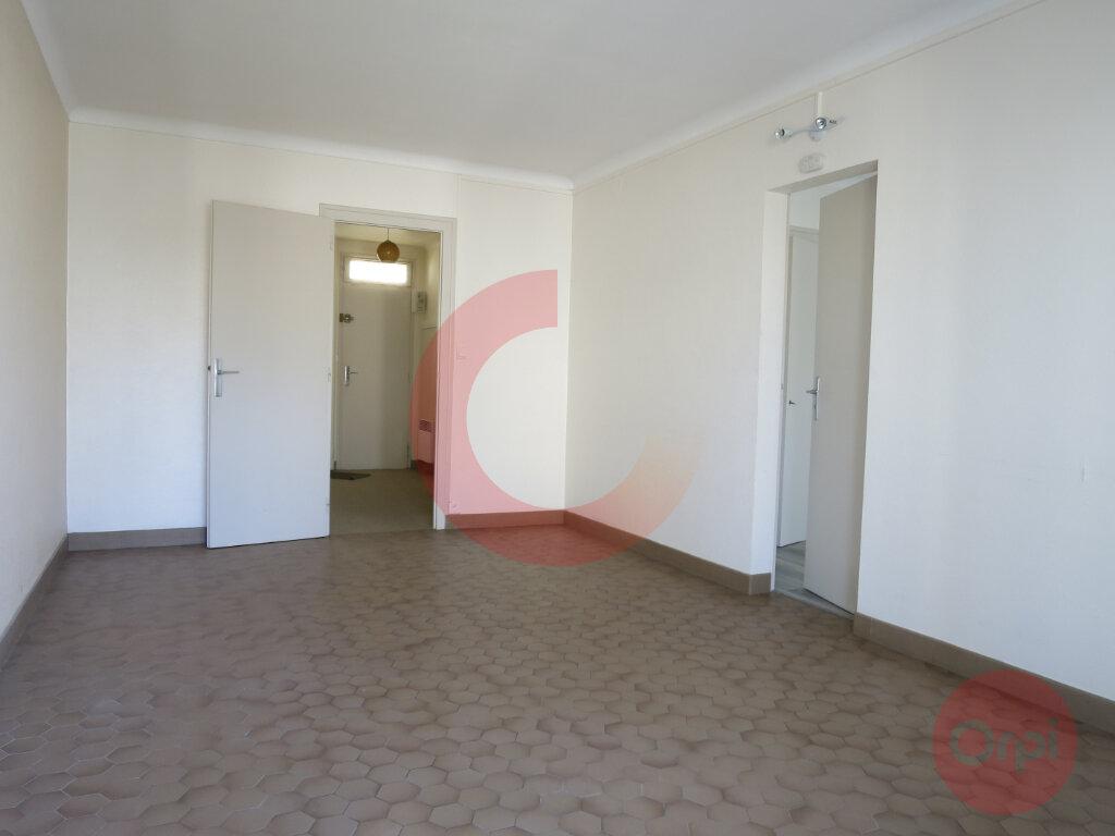 Appartement à vendre 2 38.31m2 à Saint-Jean-de-Monts vignette-3