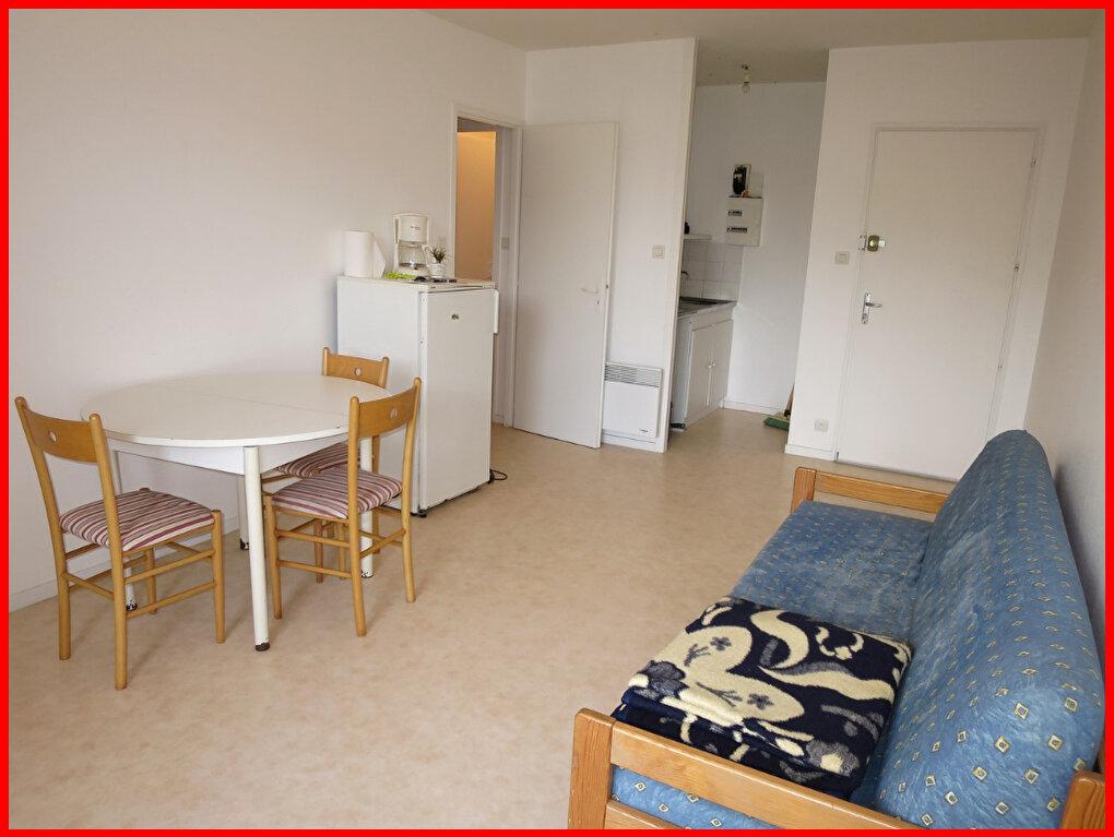 Appartement à vendre 2 34.05m2 à Saint-Hilaire-de-Riez vignette-1