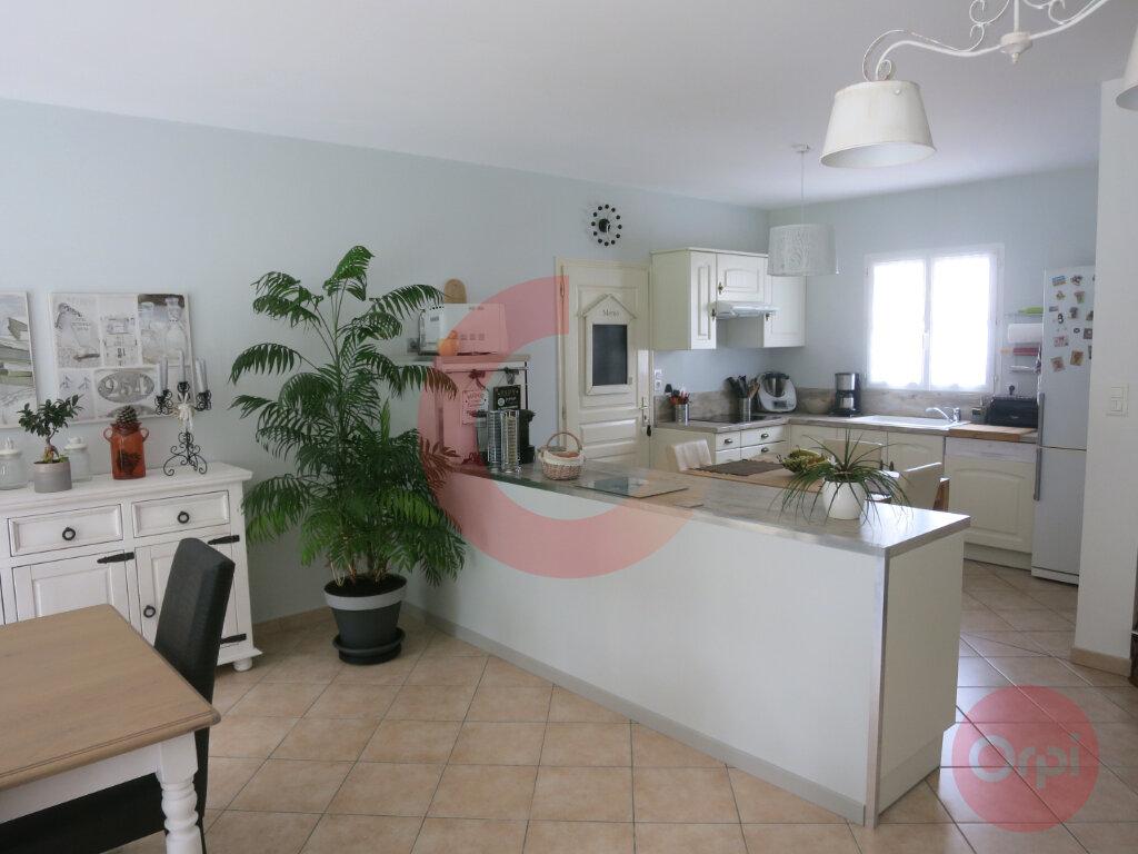 Maison à vendre 4 104m2 à Saint-Jean-de-Monts vignette-2