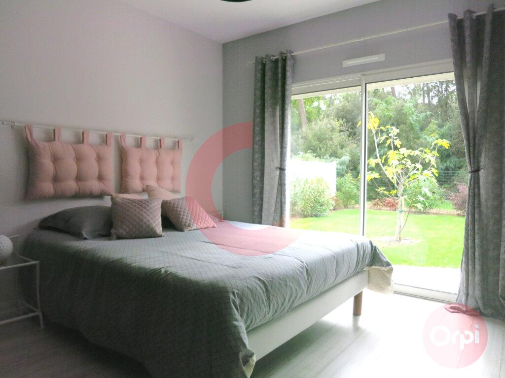 Maison à vendre 4 104m2 à Saint-Jean-de-Monts vignette-3