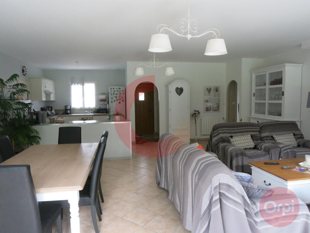 Maison à vendre 4 104m2 à Saint-Jean-de-Monts vignette-7