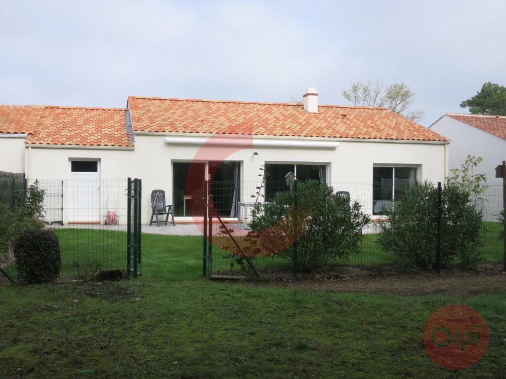 Maison à vendre 4 104m2 à Saint-Jean-de-Monts vignette-12