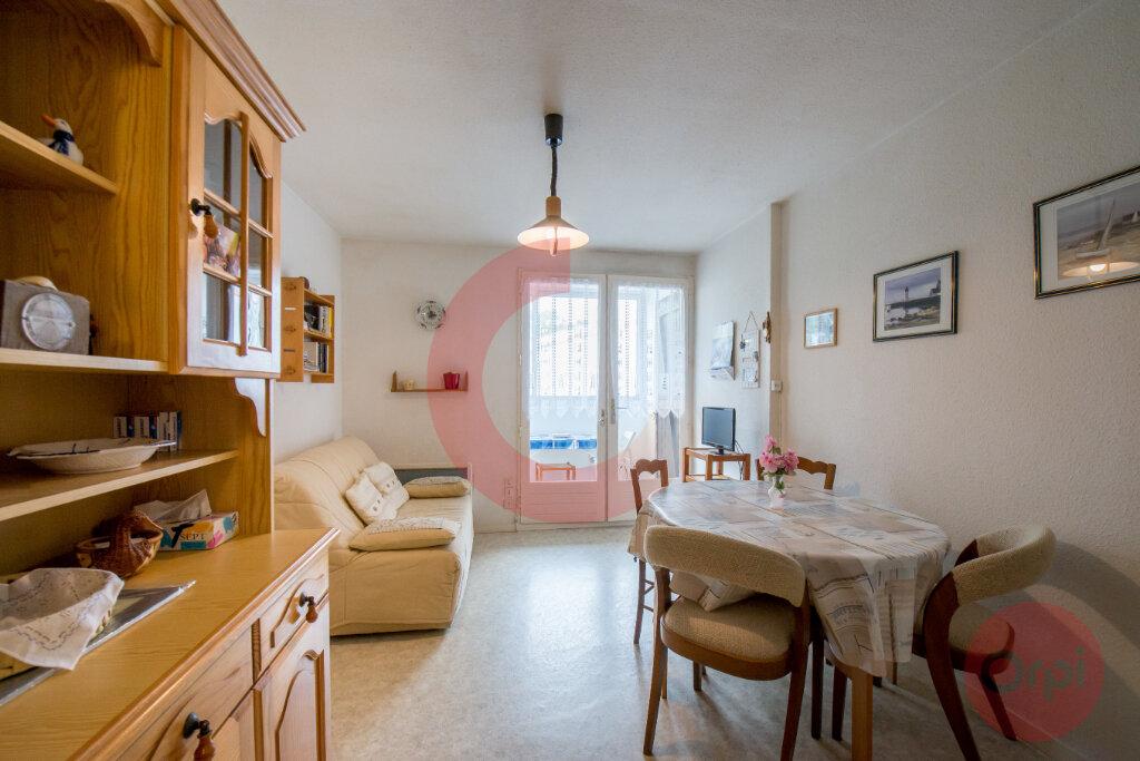 Appartement à vendre 2 28.79m2 à Saint-Jean-de-Monts vignette-2