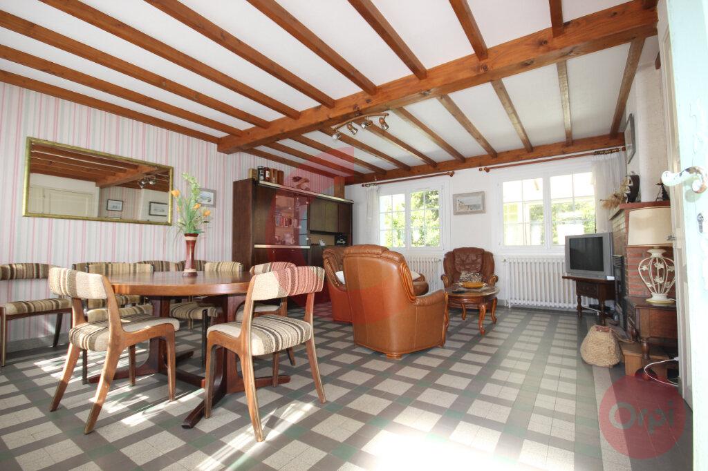 Maison à vendre 5 120m2 à Saint-Jean-de-Monts vignette-3