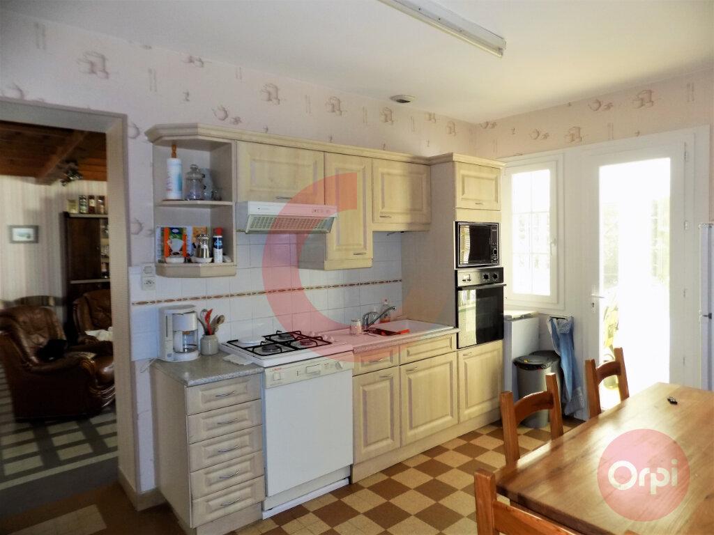 Maison à vendre 5 120m2 à Saint-Jean-de-Monts vignette-4