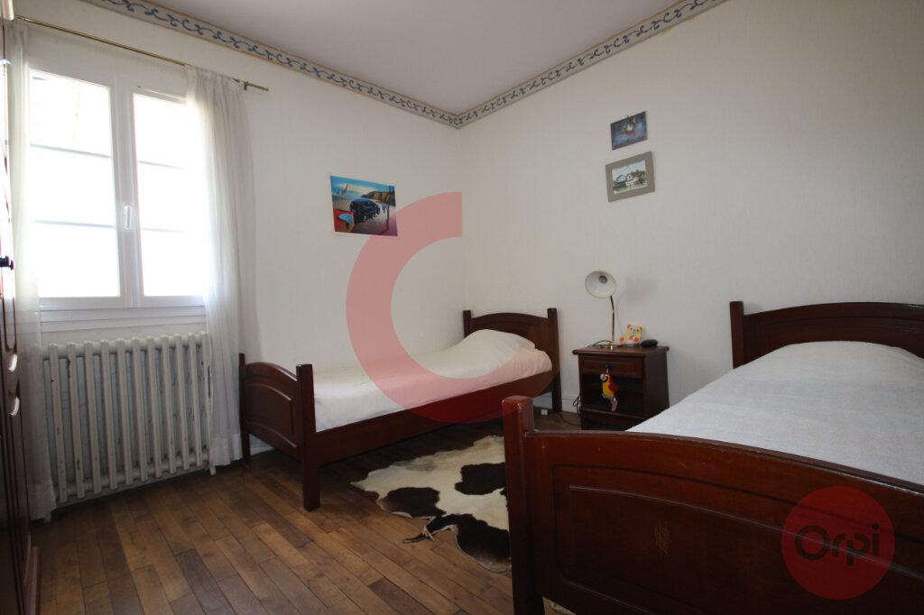 Maison à vendre 5 120m2 à Saint-Jean-de-Monts vignette-6
