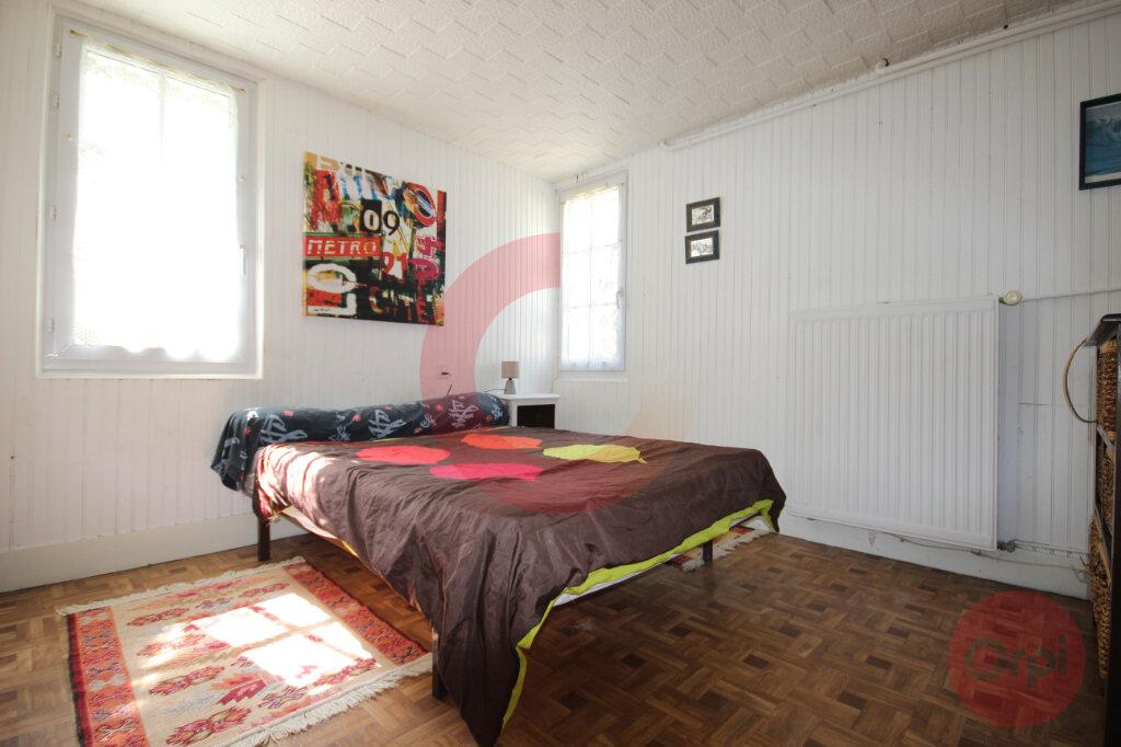 Maison à vendre 5 120m2 à Saint-Jean-de-Monts vignette-9