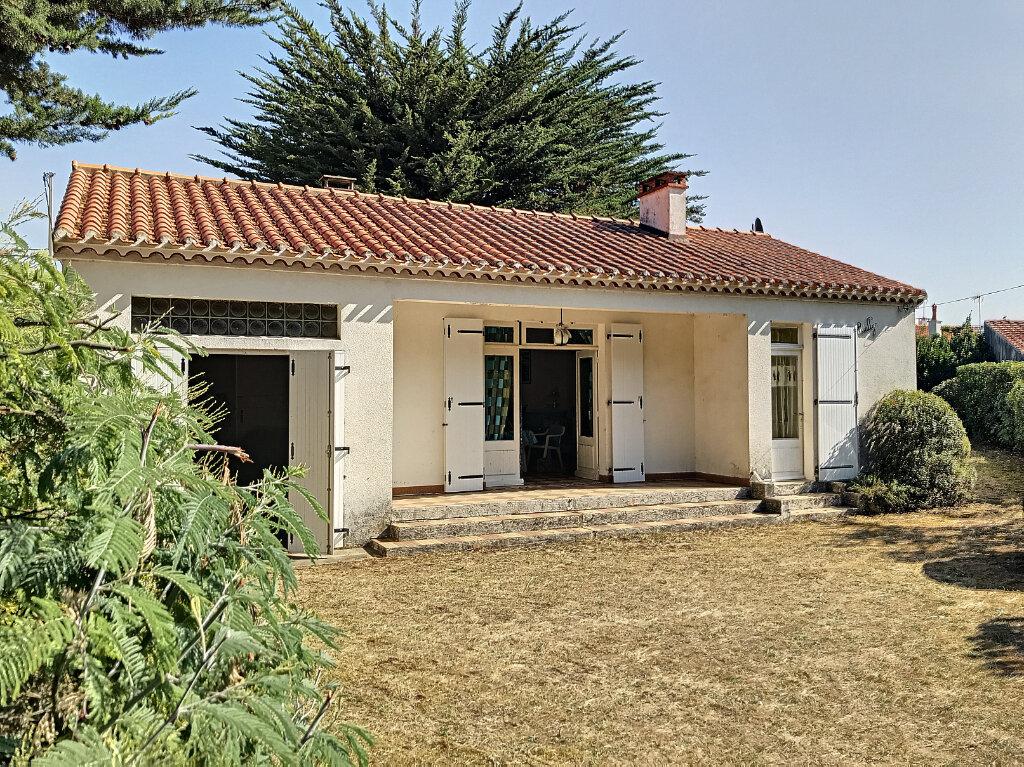 Maison à vendre 3 63m2 à La Barre-de-Monts vignette-1