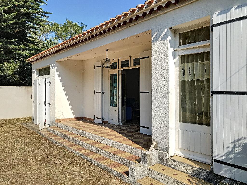 Maison à vendre 3 63m2 à La Barre-de-Monts vignette-4