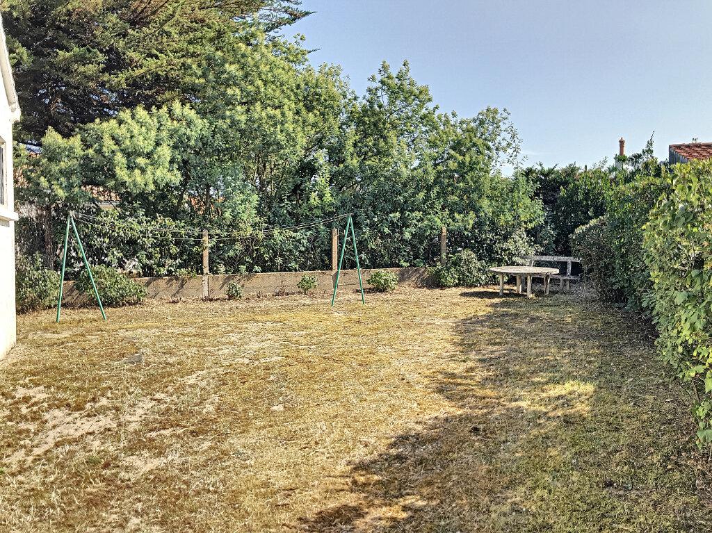Maison à vendre 3 63m2 à La Barre-de-Monts vignette-9