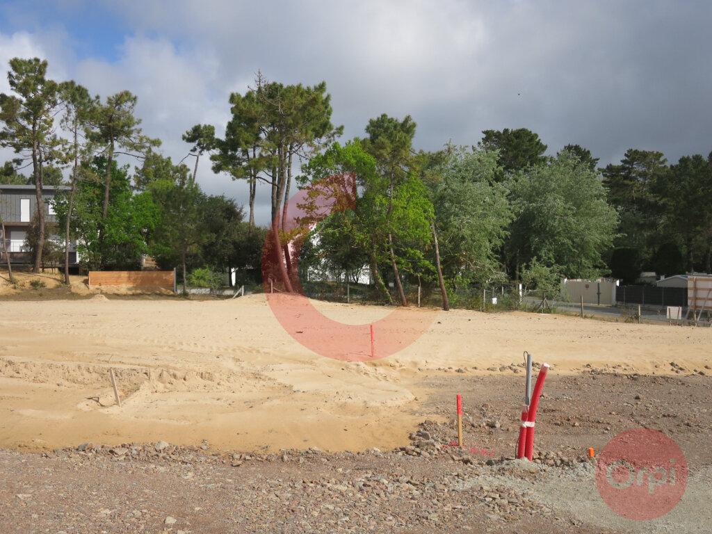Terrain à vendre 0 556m2 à Saint-Jean-de-Monts vignette-1