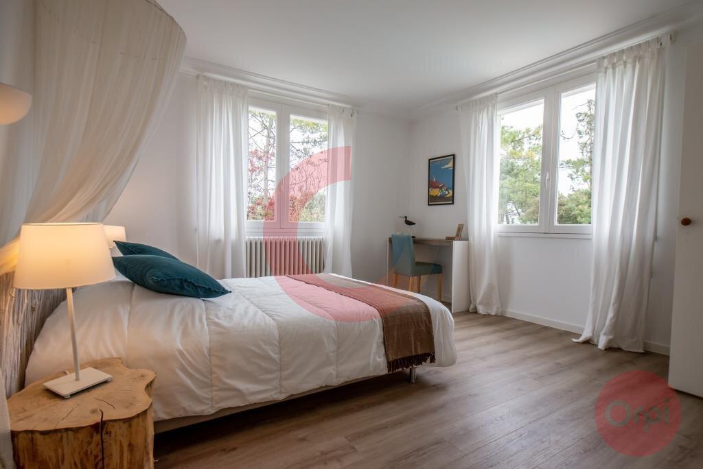 Maison à vendre 7 243.59m2 à Saint-Jean-de-Monts vignette-9