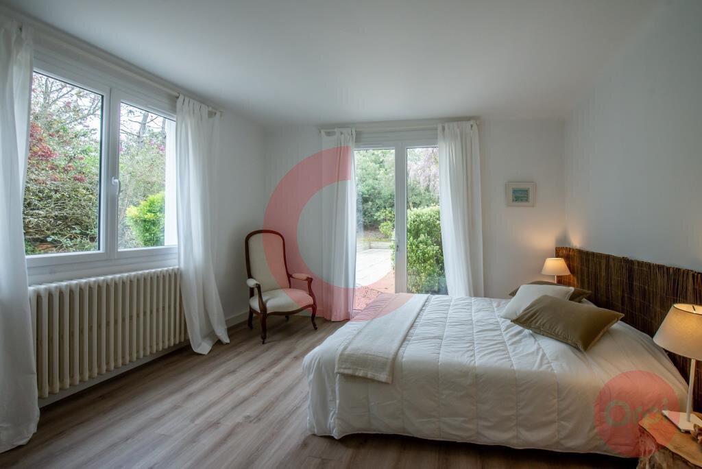 Maison à vendre 7 243.59m2 à Saint-Jean-de-Monts vignette-11