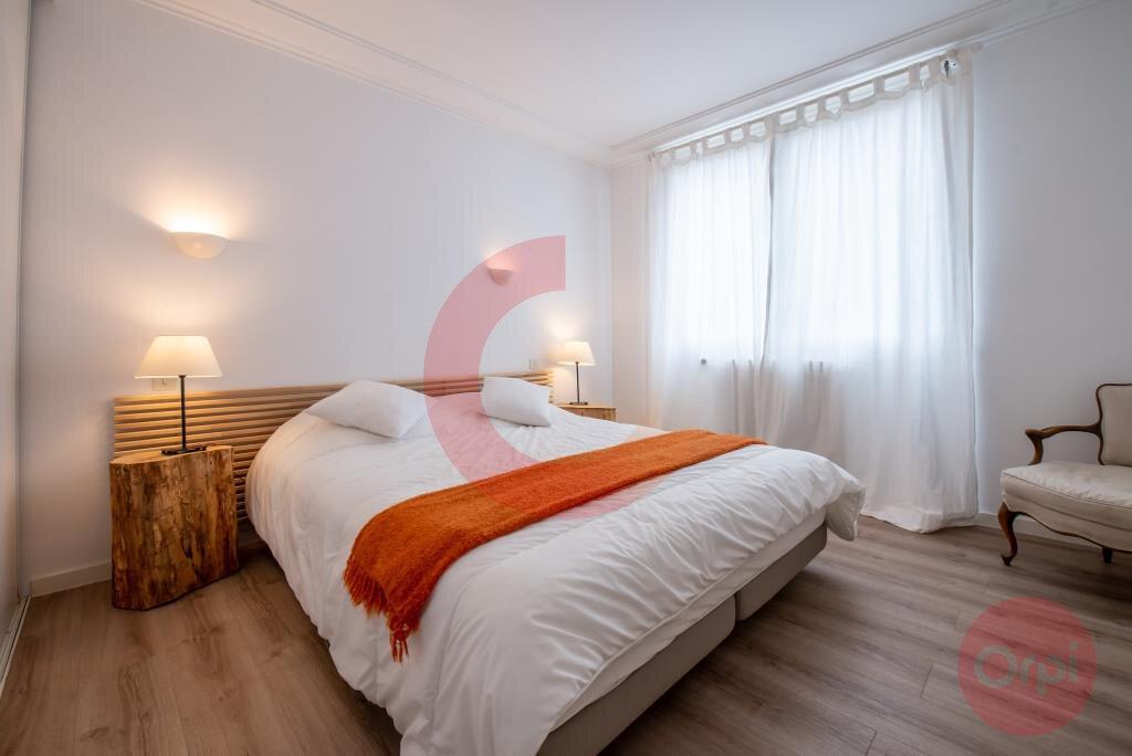 Maison à vendre 7 243.59m2 à Saint-Jean-de-Monts vignette-12