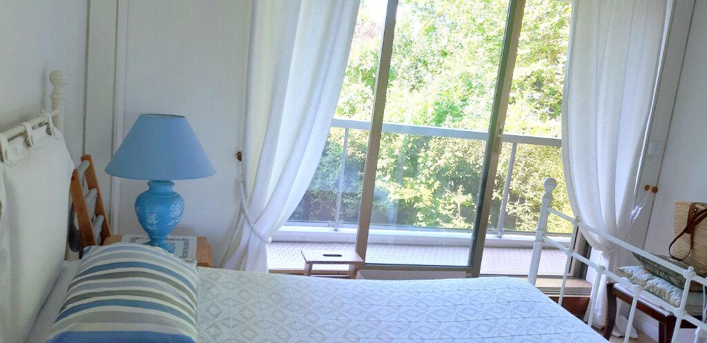 Appartement à louer 4 97.44m2 à Le Chesnay vignette-5