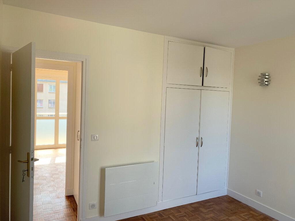 Appartement à louer 4 66.57m2 à Le Chesnay vignette-9